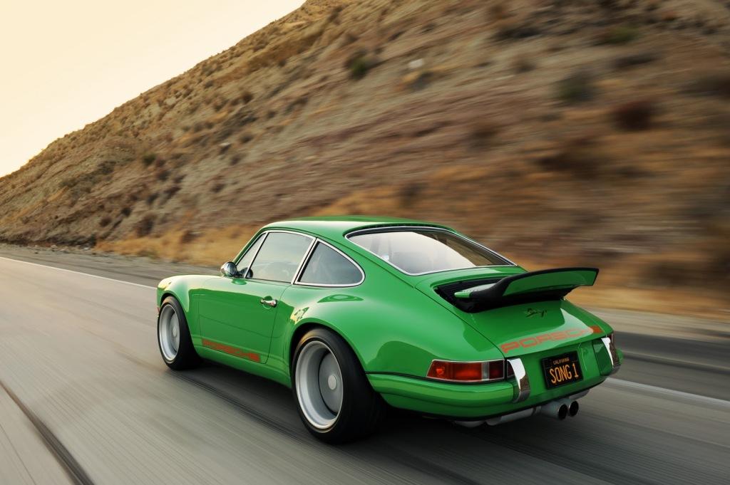 Porsche-911-Singer-Design-rear_63